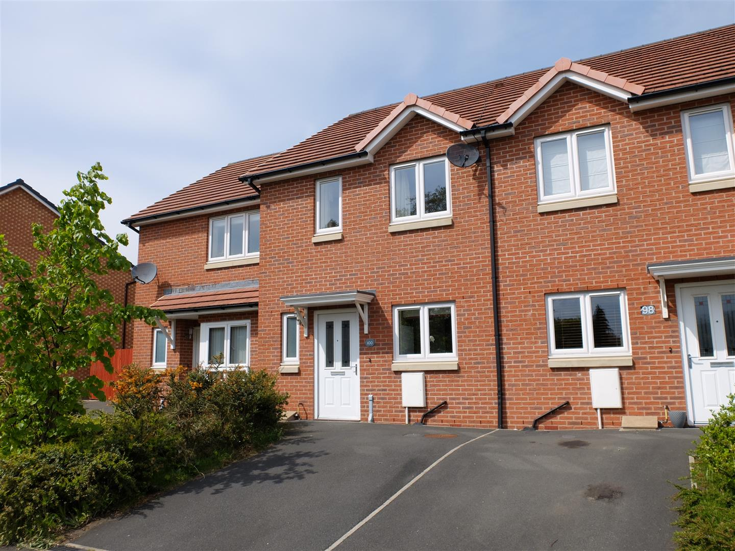 100 Brookside Carlisle 3 Bedrooms House - Mid Terrace For Sale
