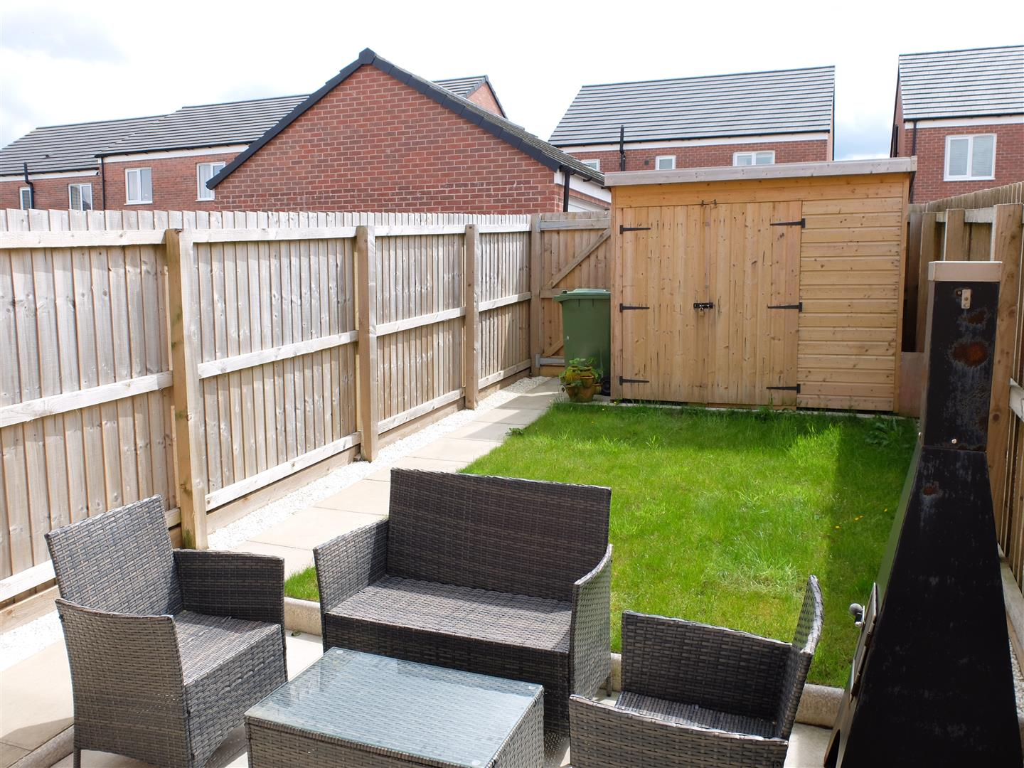 3 Bedrooms House - Mid Terrace For Sale 11 Arnison Close Carlisle