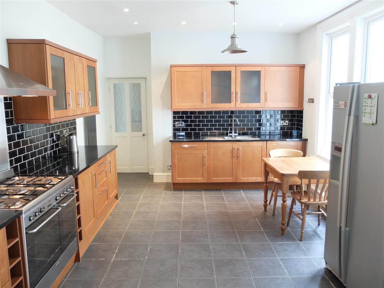 40 Victoria Place Carlisle For Sale