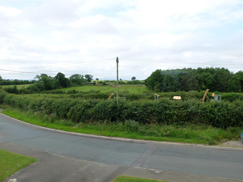 3 Bedrooms House - Semi-Detached On Sale Greenways School Road Carlisle 169,950