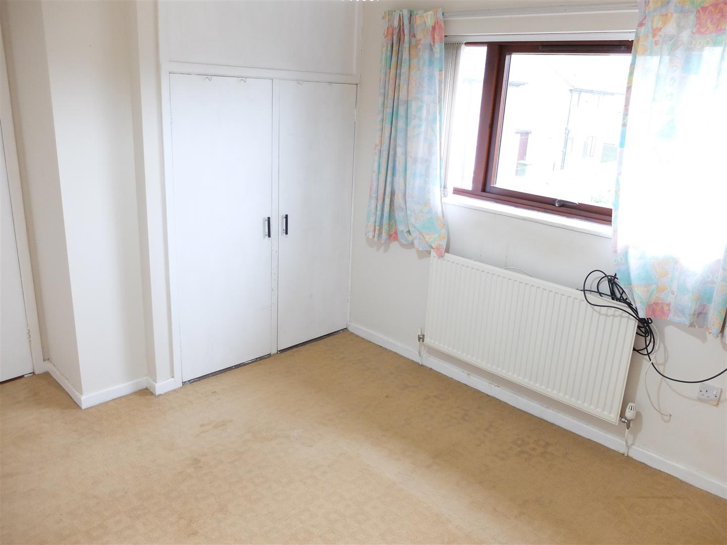 2 Bedrooms House - Mid Terrace For Sale 20 Rosehill Drive Carlisle 70,000