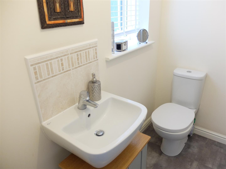 4 Bedrooms House - Detached On Sale 121 Glaramara Drive Carlisle 210,000