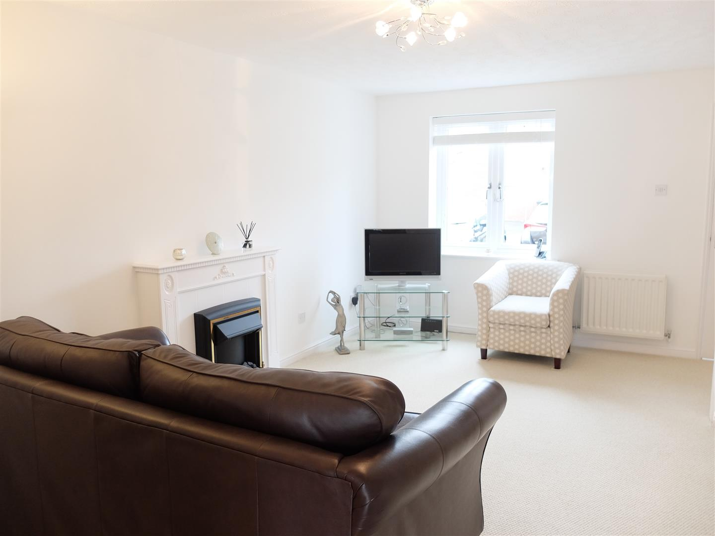 2 Bedrooms House - Terraced For Sale 10 Moorside Drive Carlisle