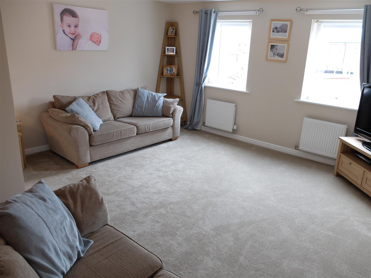 16 Tramside Way Carlisle 4 Bedrooms House - Townhouse On Sale 38,000