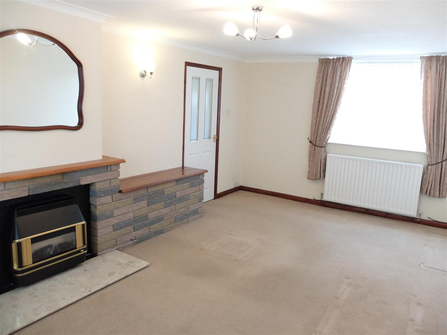 3 Bedrooms House - Mid Terrace On Sale 79 Westrigg Road Carlisle
