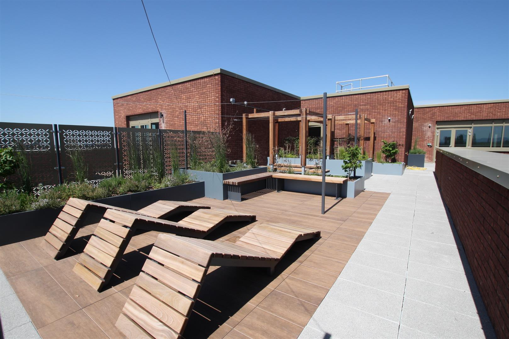 Top Floor Terrace.JPG