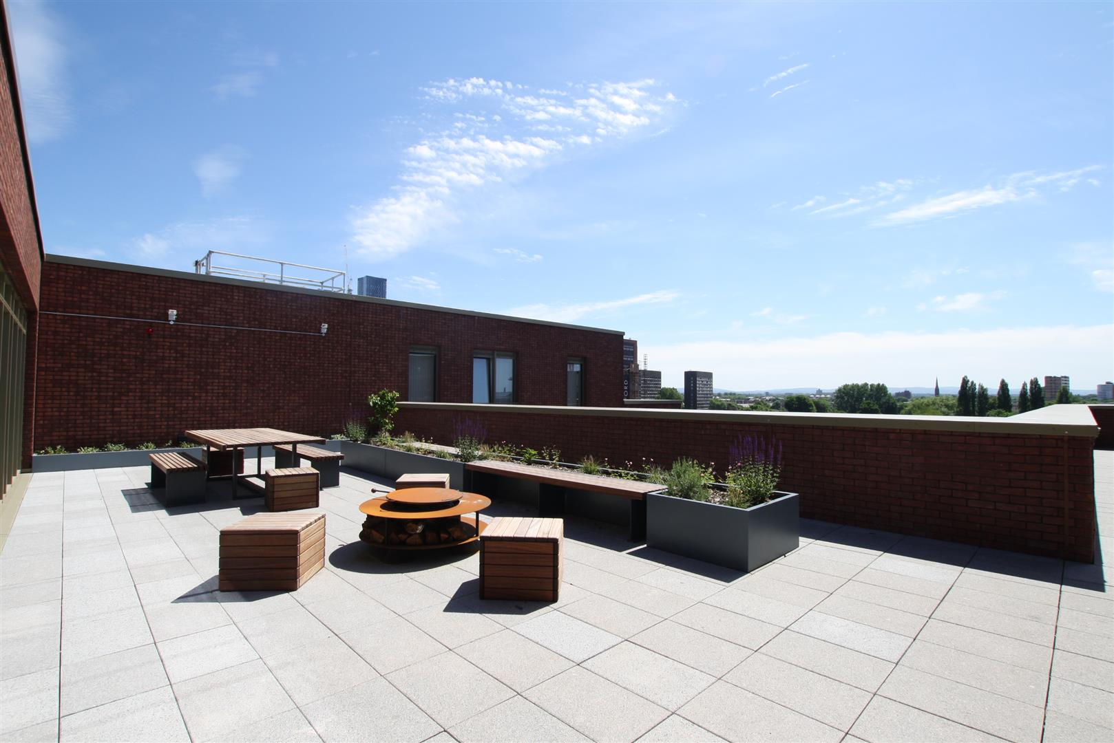 Top Floor Terrace 1.JPG