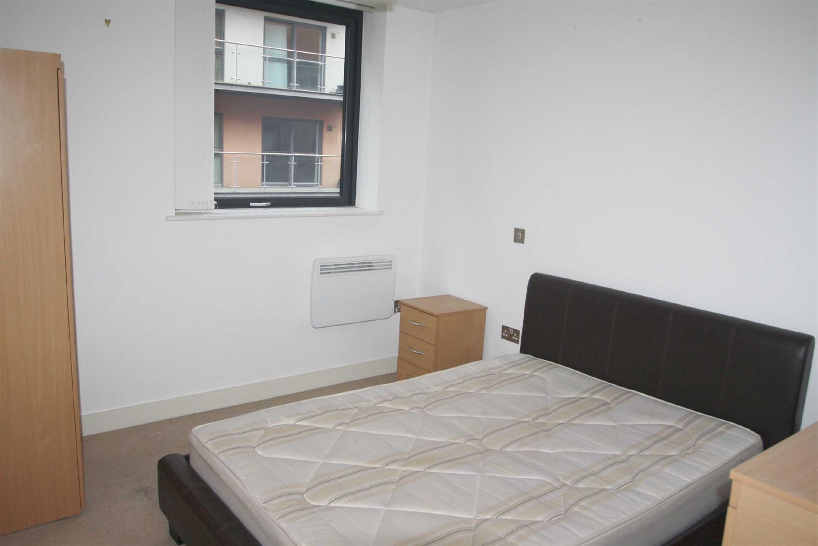 the mews 2 advent way manchester reside manchester. Black Bedroom Furniture Sets. Home Design Ideas