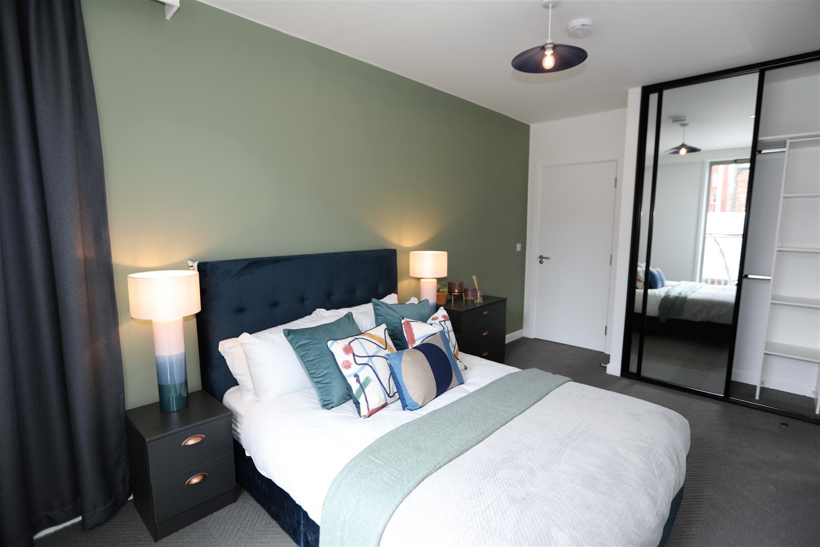 Bed 1, 2.jpg