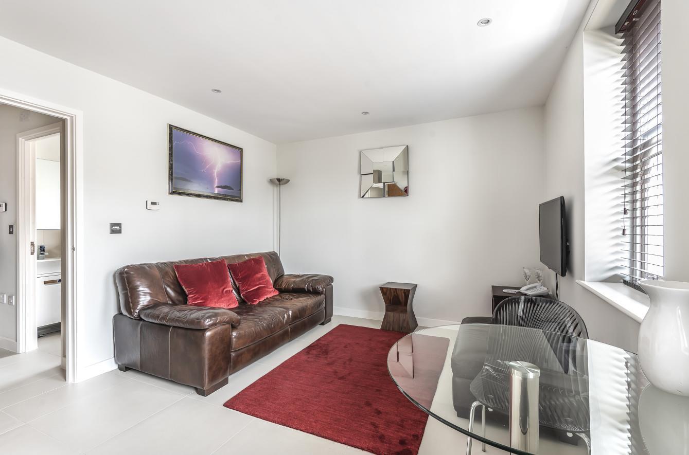 Pleasing Property Search Gibson Lane Interior Design Ideas Grebswwsoteloinfo